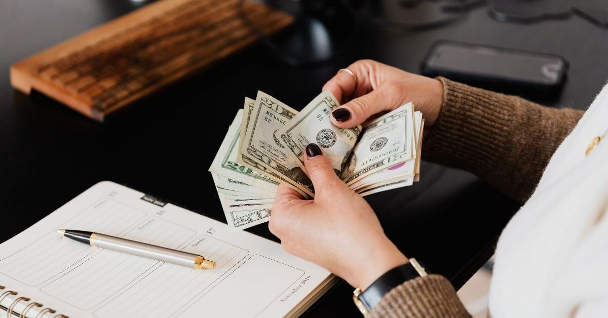how much do p&c insurance agents make